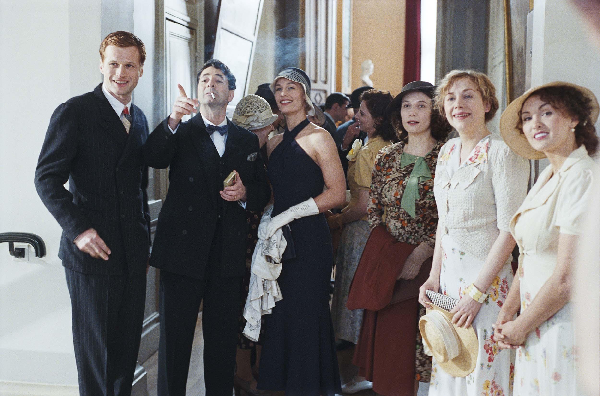 Großartig Schwarze Krawatte Partei Dresscode Bilder - Brautkleider ...